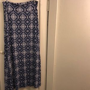 Charlotte Russe patterned maxi skirt